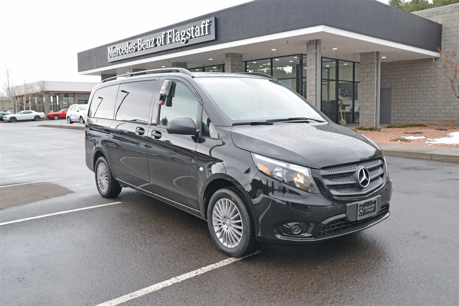 New 2017 mercedes benz metris passenger van passenger van for Mercedes benz of flagstaff